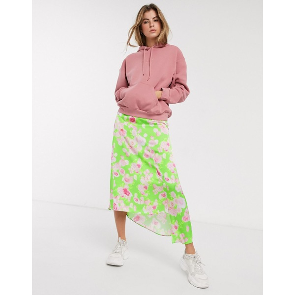 エイソス レディース スカート ボトムス ASOS DESIGN asymmetric high shine satin midi skirt in green floral print Green floral print