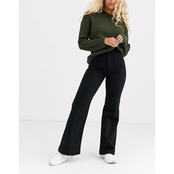 アンドアザーストーリーズ レディース デニムパンツ ボトムス & Other Stories pocket detail flared jeans in black Black
