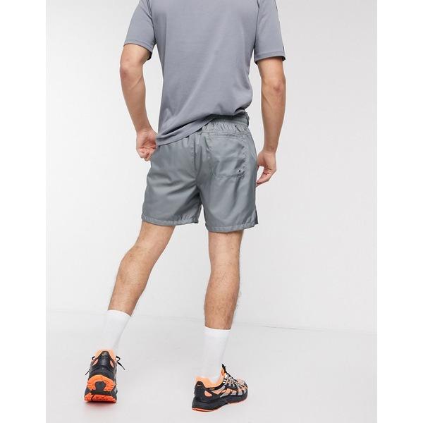 ナイキ メンズ カジュアルパンツ ボトムス Nike Club Essentials woven shorts in gray Gray