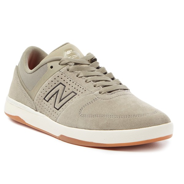 ニューバランス メンズ スニーカー シューズ New Balance Numeric 533 v2 Skate Shoes Olive/Gum
