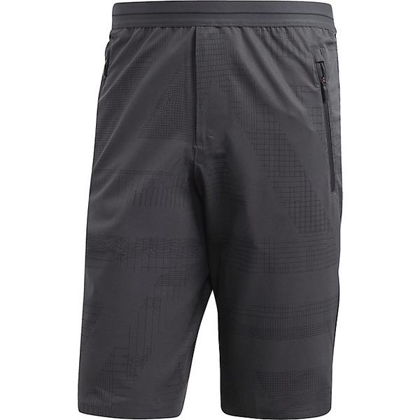 アディダス メンズ ハーフ&ショーツ ボトムス Adidas Men's Endless Mountain Bermuda Carbon