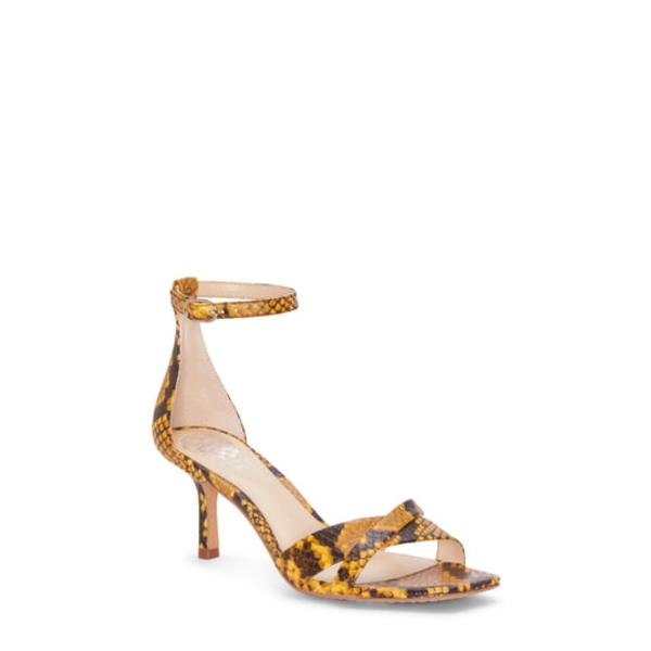 ヴィンスカムート レディース サンダル シューズ Sarriss Ankle Strap Sandal Golden Mustard Leather