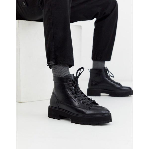 エイソス メンズ ブーツ&レインブーツ シューズ ASOS DESIGN lace up boot in black faux leather with orange neon lace on chunky sole Black