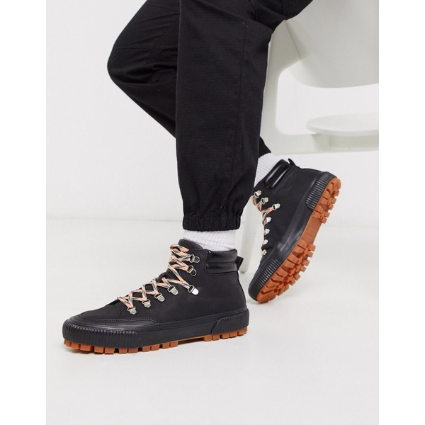 トゥラッフル メンズ ブーツ&レインブーツ シューズ Truffle Collection hiker boot sneaker in black Black