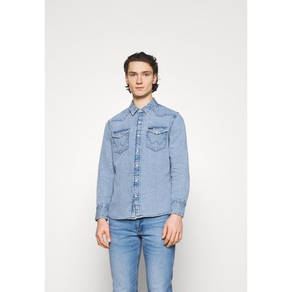ラングラー メンズ トップス シャツ light-blue Shirt メーカー公式 - denim hzxg0146 有名な 全商品無料サイズ交換