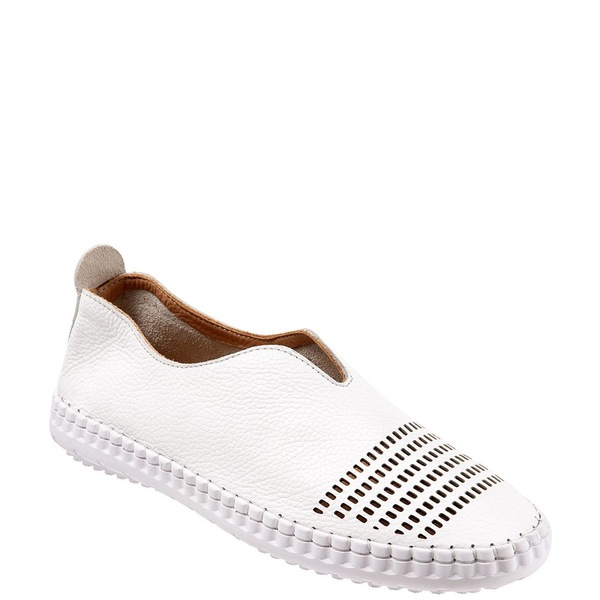 ブエノ レディース スニーカー シューズ Dubai Perforated Leather Sporty Slip Ons White