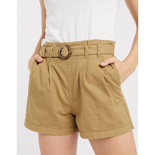オンリー レディース カジュアルパンツ ボトムス Only shorts with belt in tan Tan