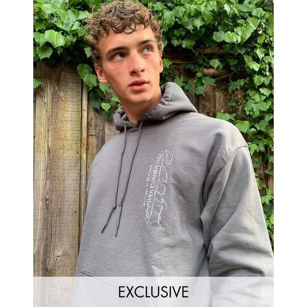 リクレイム ヴィンテージ メンズ パーカー・スウェットシャツ アウター Reclaimed Vintage inspired hoodie with logo embroidery in washed charcoal Washed charcoal