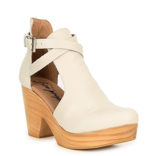 フリーピープル レディース ブーツ&レインブーツ シューズ Cedar Leather Buckle Wood Clogs White