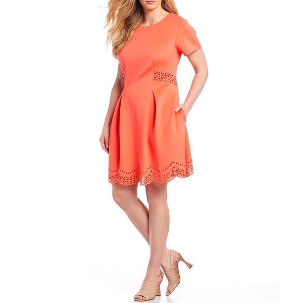 ヴィンスカムート レディース ワンピース トップス Plus Size Short Sleeve Laser Cut Scallop Hem Fit And Flare Dress Coral