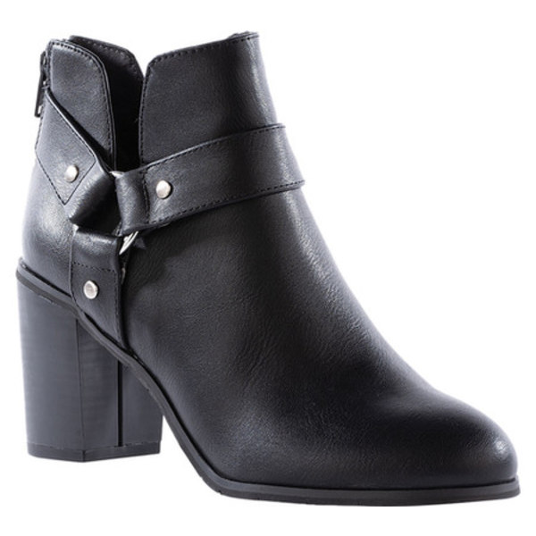 BCフットウェア レディース ブーツ&レインブーツ シューズ Miss Independent Harness Ankle Bootie Black Vegan Leather