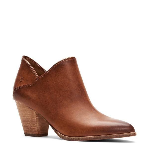 フライ レディース ブーツ&レインブーツ シューズ Reed Leather Block Heel Booties Caramel