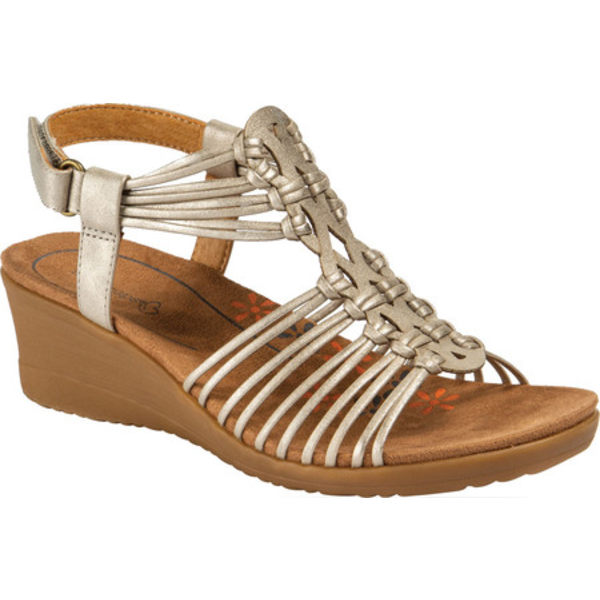 ベアトラップ レディース サンダル シューズ Taren Wedge Strappy Sandal Champagne Travail Faux Leather