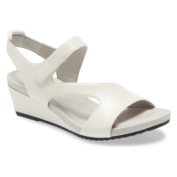 ジャンブー レディース サンダル シューズ Jambu Modena Wedge Sandal (Women) Pearl Leather