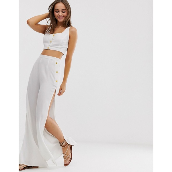 グラマラス レディース カジュアルパンツ ボトムス Glamorous Exclusive button crop & beach pants two-piece in white White