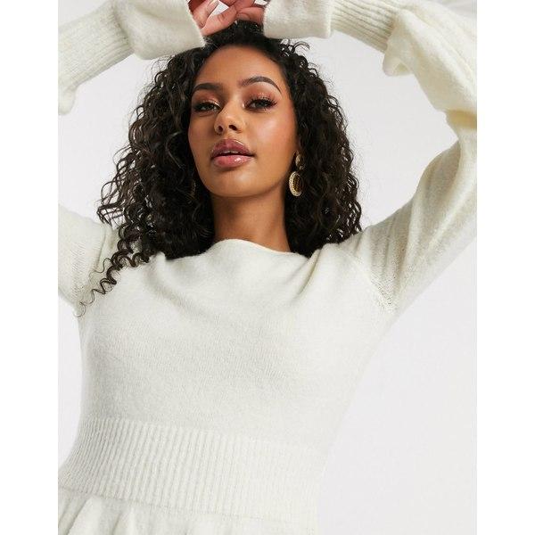 ミスガイデッド レディース ニット&セーター アウター Missguided crop sweater with frill hem in white White