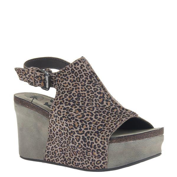 オーティービーティー レディース サンダル シューズ Jaunt Leopard Print Leather Platform Wedges Stone