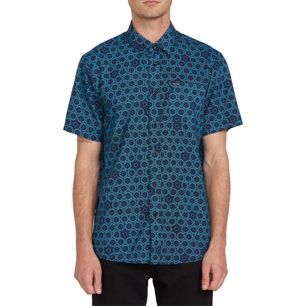 ボルコム メンズ シャツ トップス Volcom Sun Medallion Print Short Sleeve Button-Up Shirt Black