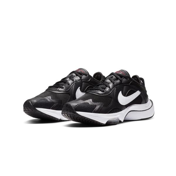 ナイキ レディース スニーカー シューズ Nike Air Zoom Division sneaker in black and white Black