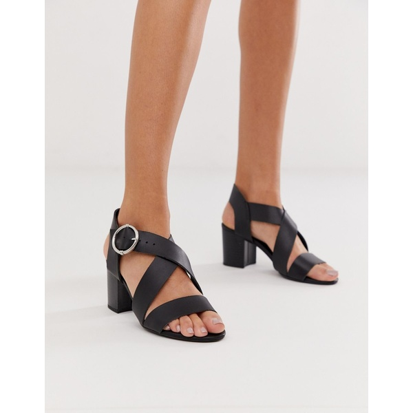 ニュールック レディース サンダル シューズ New Look cross strap block heeled sandal in black Black