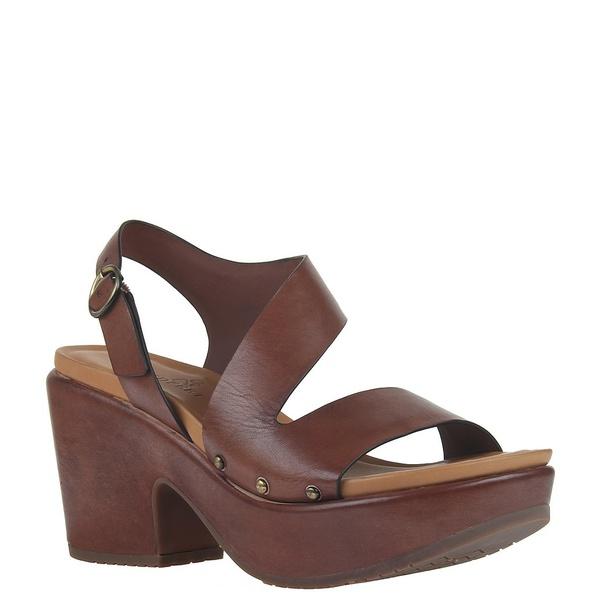 ネイキッドフィート レディース サンダル シューズ Dasa Leather Asymmetrical Chunky Heel Platform Sandals Tuscany