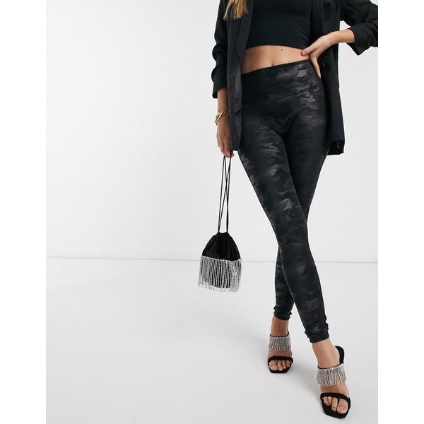 スパンク レディース レギンス ボトムス Spanx Slim Built In contoured Power Waistband tummy shaping camo legging in black Matte black camo