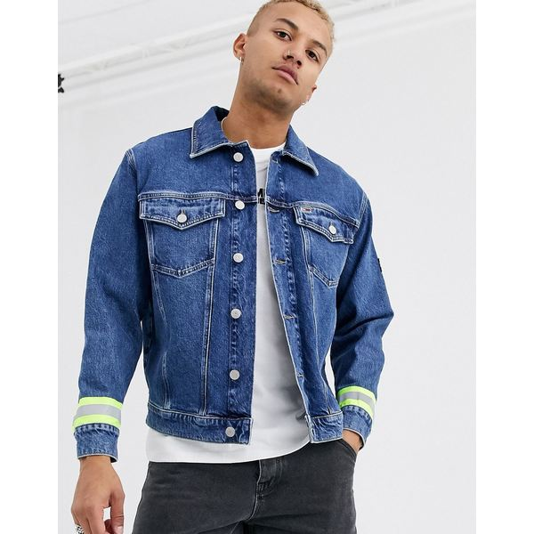 トミーヒルフィガー メンズ ジャケット&ブルゾン アウター Tommy Jeans oversized reflective denim trucker jacket in mid blue Kent mid bl