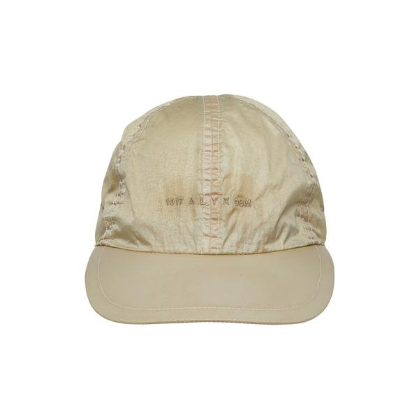 1017 アリクス 9 エスエム メンズ 帽子 アクセサリー Buckle Logo Embroidered Baseball Cap Beige