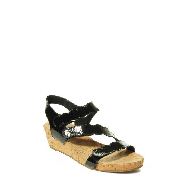 ベネリ レディース サンダル シューズ Kabie Platform Wedge Sandal Black Patent Leather