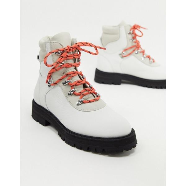 アンドアザーストーリーズ レディース ブーツ&レインブーツ シューズ & Other Stories contrast sole lace up hiking boots in white White