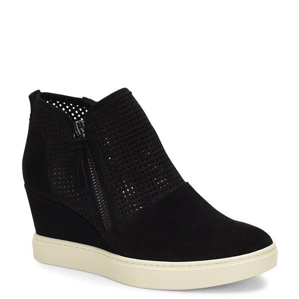 ソフト レディース サンダル シューズ Bellview Perforated Suede Sporty Wedge Sneakers Black