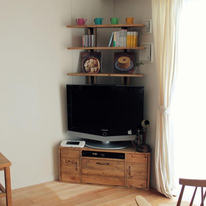 かどに置く棚付きテレビ台