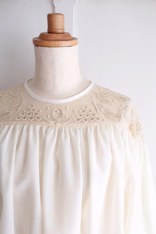 【Sale】【送料無料】nesessaire〈ネセセア〉ウールガーゼチュール刺繍ブラウス