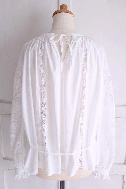 再入荷送料無料 nesessaire〈ネセセア〉lace patchwork blouse WH0Ok8wPn
