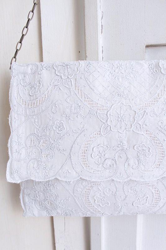 【送料無料】nesessaire〈ネセセア〉Shantou handkerchief clutch bag WH