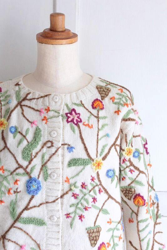 【送料無料】【made in Peru】ボタニカル刺繍カーディガンWH