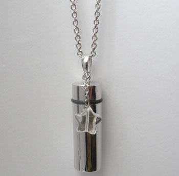 【手元供養】シルバー中型1、水晶チャーム・遺骨、遺品入れペンダント/60cmチェーン