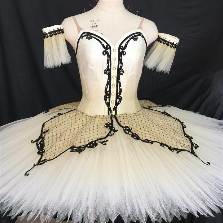 バレエ衣装オーダー 139 クラシックチュチュ
