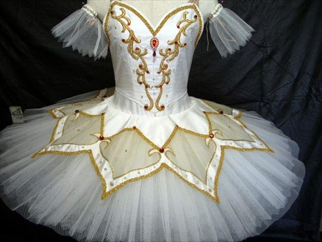 バレエ衣装オーダー 13 クラシックチュチュ