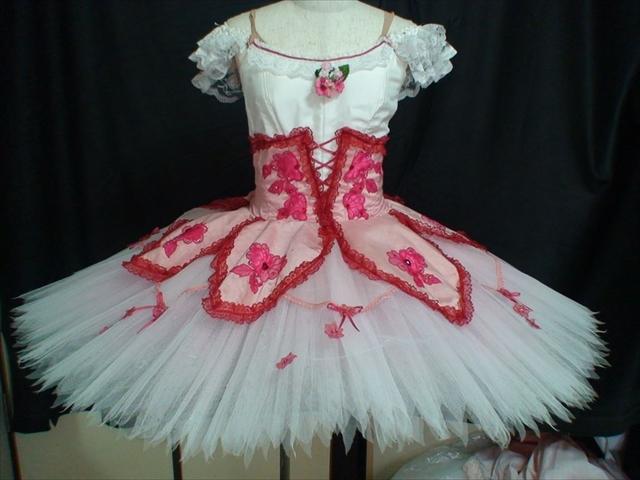 バレエ衣装オーダー 84クラシックチュチュ
