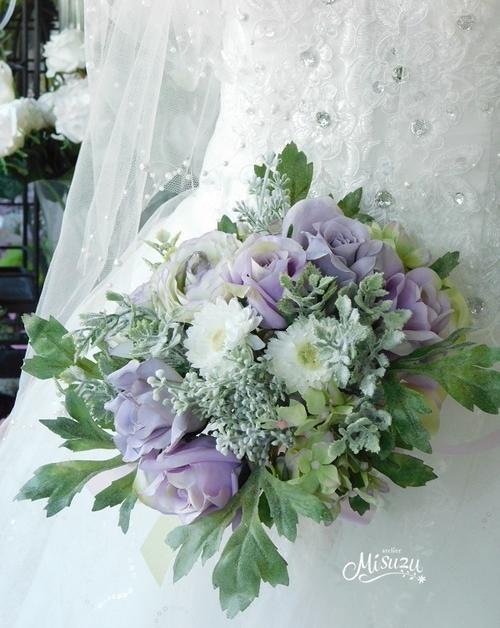 *misuzu*アンティークカラー 薔薇(バラ)ラナンキュラス&シルバーグリーンのクラッチブーケ 【選べる4色】 結婚式ブーケ