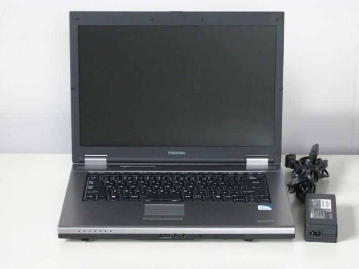【中古】【ノートパソコン】【送料無料】★東芝 dynabook Satellite L21 220C/W★【Windows7】【Celeron-900 2.20GHz】【Microsoft Office Personal2007】・中古パソコン・15.4型液晶・メモリ:1GB・ハードディスク:160GB・DVD-ROMドライブ・OS新規インストール