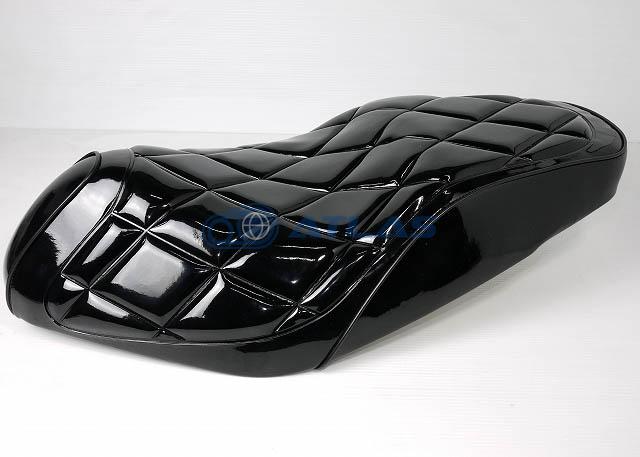 DCR ADDRESS V125S(アドレス)キルティングシート エナメルブラック