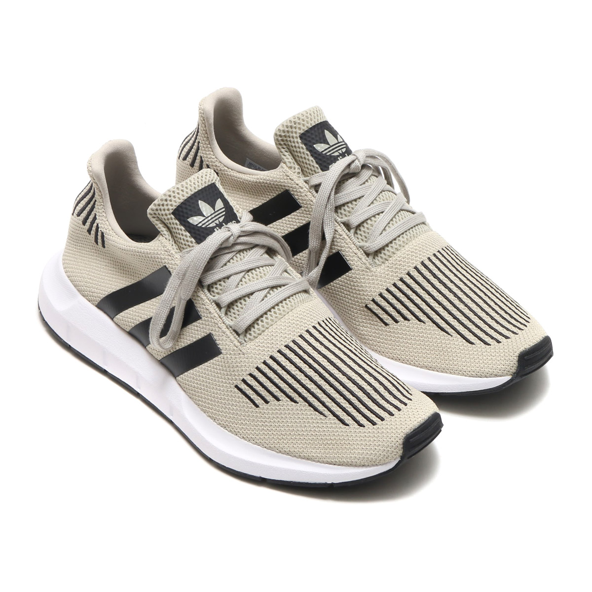 96152836f Sporty daily shoes