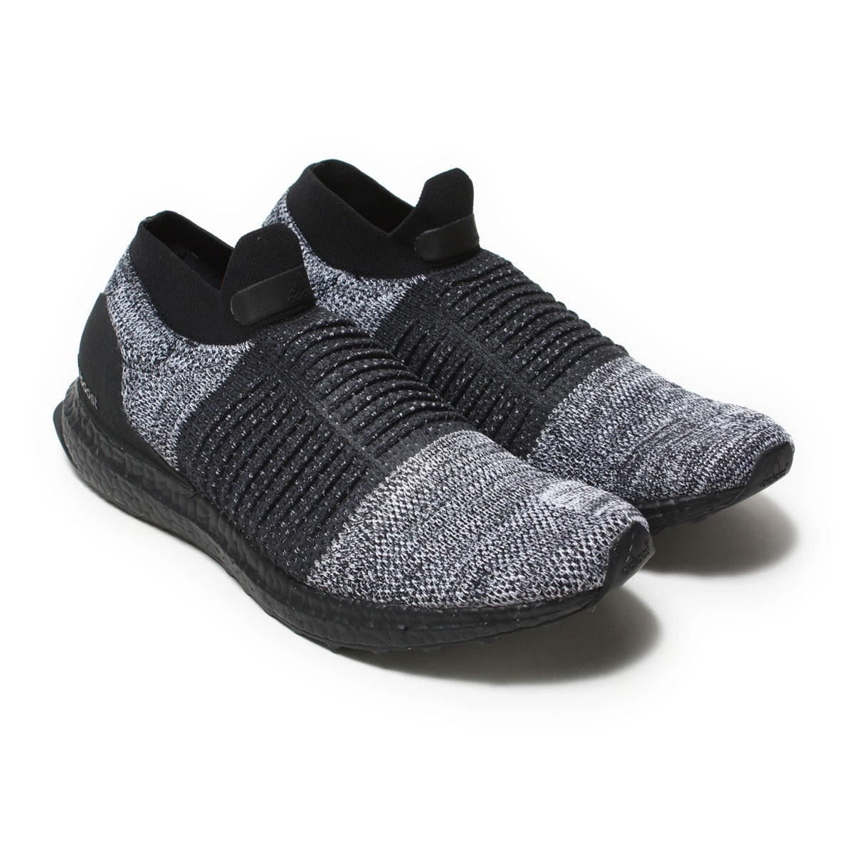 e645e10e0 Shoes overturning the common sense of running shoes debut by slip-ons type.  Hold changing tension of how to knit using prime knit having 4way stretch  ...
