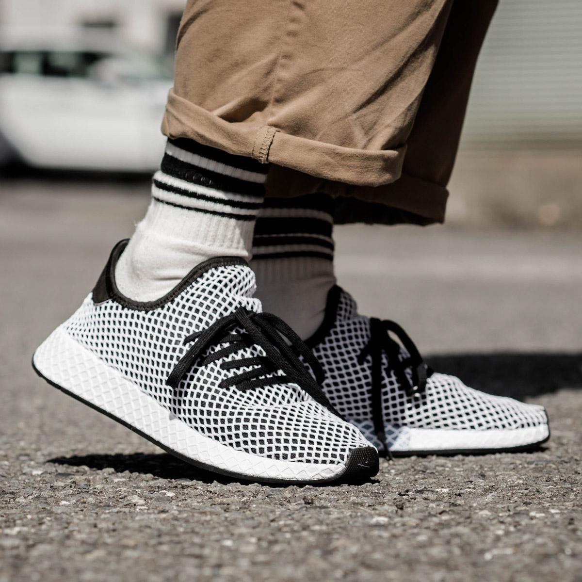 値引きする adidas Originals DEERUPT RUNNER(アディダス Originals adidas オリジナルス DEERUPT ディーラプト ランナー)(Core Black/Core Black/Running White)18SS-I, もったいない本舗:654eb64d --- canoncity.azurewebsites.net