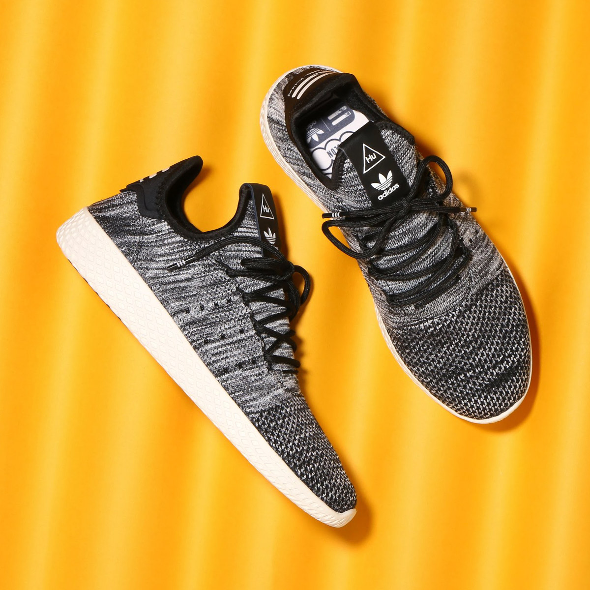 76a1a321cfbea adidas Originals PW TENNIS HU PK (Adidas originals Farrell Williams tennis  HU PK) Chalk White   Core Black   Running White 18SP-S