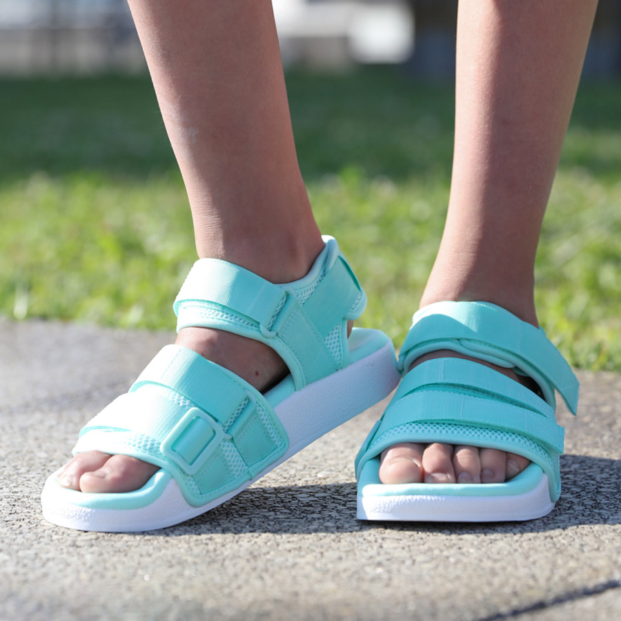 0207e1f9d07c0e adidas Originals Adilette Sandal 2.0W (アディダスオリジナルスアディレッタサンダル 2.0W) Clear  Mint Running White Running White 18FW-I