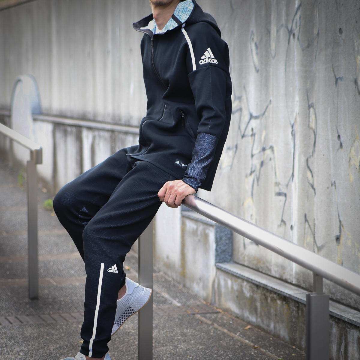 atmos pink  adidas M adidas Z.N.E. Parley HOODIE (アディダスゼット ... 8fa305c6fc