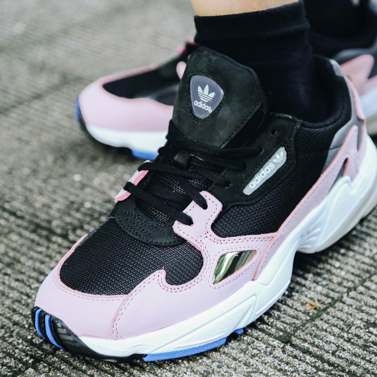 adidas FALCON W (Adidas falcon W) core black / core black / light pink  18FW-I